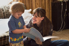 """Credit: Audrey Hall/Show of Force. Save the Children Artist Ambassador Jennifer Garner joins a home visit with Johnny, 3, in Mason County, West Virginia in the """"Breaking the Cycle of Poverty"""" episode of the new PBS documentary series, A Path Appears."""