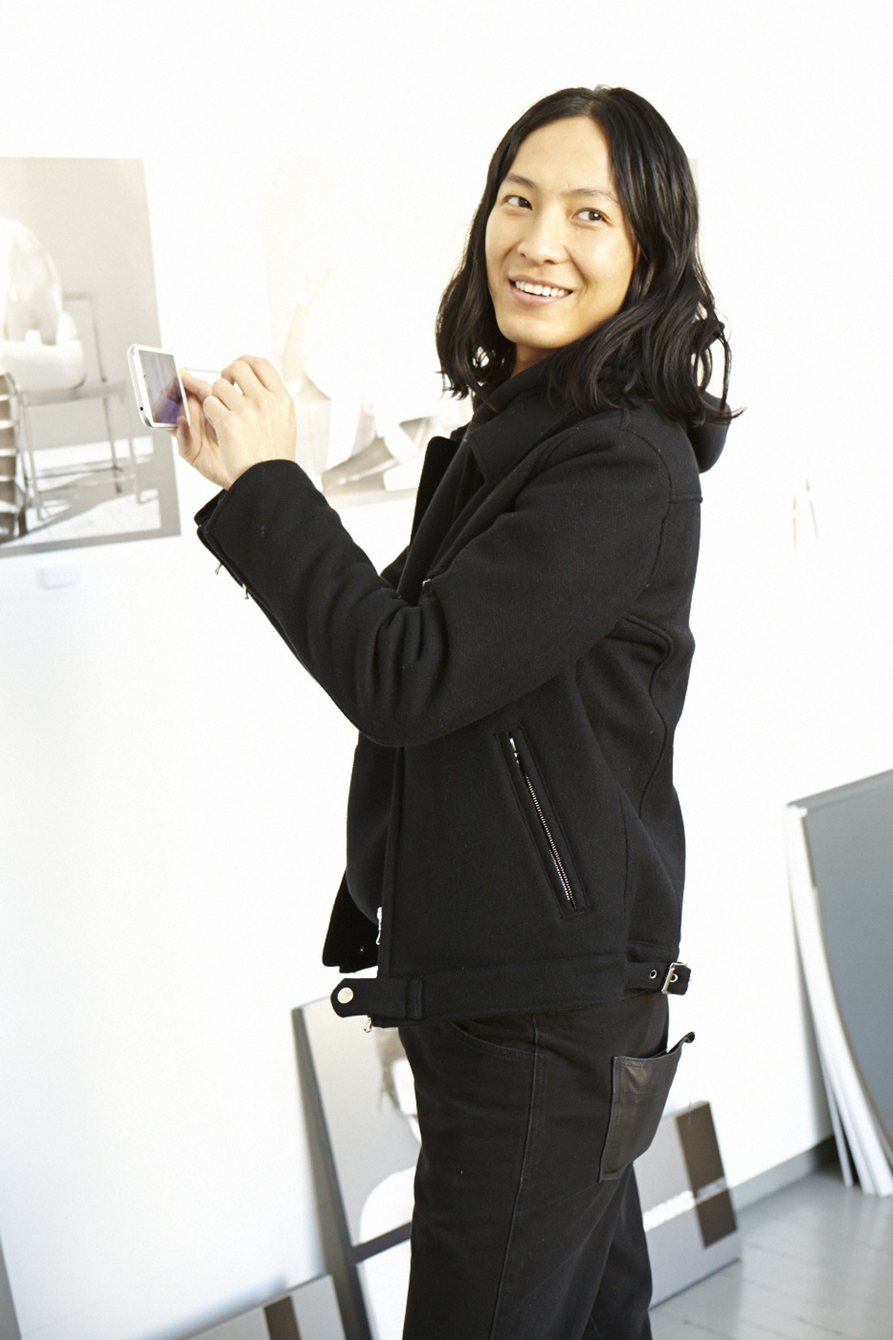 Designer Alexander Wang partners with Samsung to produce the industry's first co-created print inspired by crowd-sourced sketches and images using the GALAXY Note II. (PRNewsFoto/Samsung Electronics Co., Ltd.) (PRNewsFoto/SAMSUNG ELECTRONICS CO., LTD.)