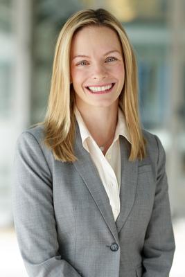 Experian names Jennifer Schulz Group President of vertical markets.  (PRNewsFoto/Experian)