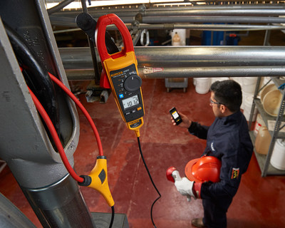 The new Fluke Connect-enabled 370 FC Series Clamp Meters log measurements to pinpoint intermittent faults precisely without the need for the technician to be present. Those measurements are then wirelessly transmitted to the Fluke Connect app on smartphones or tablets and automatically uploaded to the cloud, keeping technicians outside the arc flash zone and away from dangerous moving machinery, improving safety.