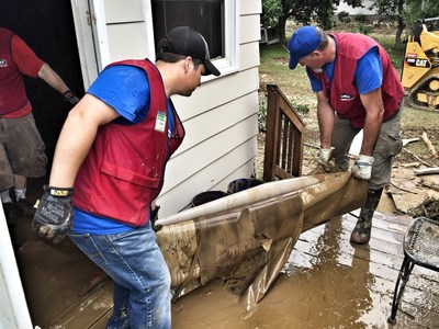 Lowe's Heroes employee volunteers have been helping with relief efforts in West Virginia since the flooding. Teams of volunteers cleaned out homes in White Sulphur Springs, one of the hardest-hit communities.