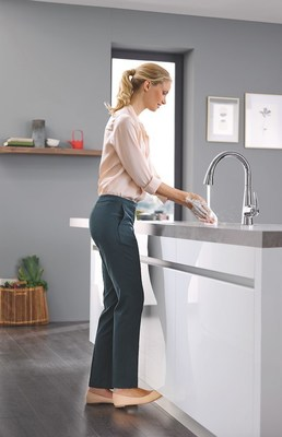 Grohe Ag Hemer grohe introduces free kitchen faucet with technology