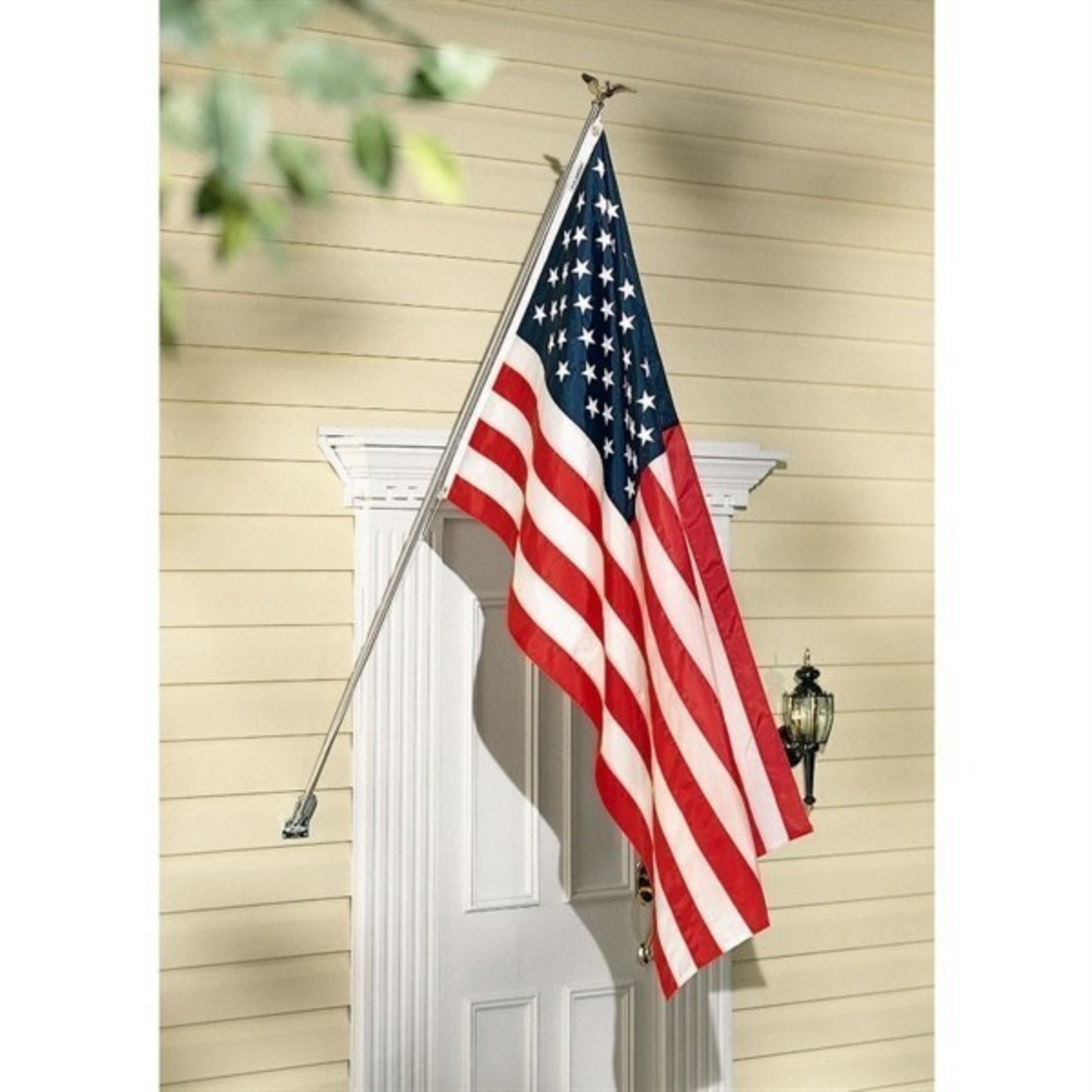 American flag sets make the perfect gift for homeowners of all ages.