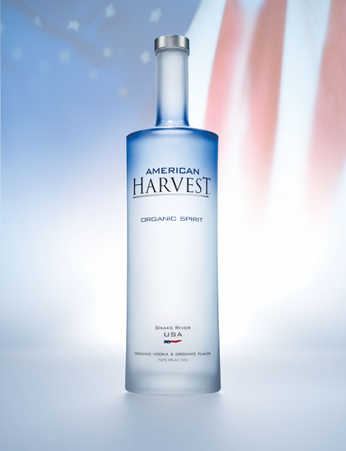 American Harvest Organic Spirit elected as exclusive spirit in vodka category at 2013 presidential inaugural candlelight reception.  (PRNewsFoto/Sidney Frank Importing Company, Inc.)