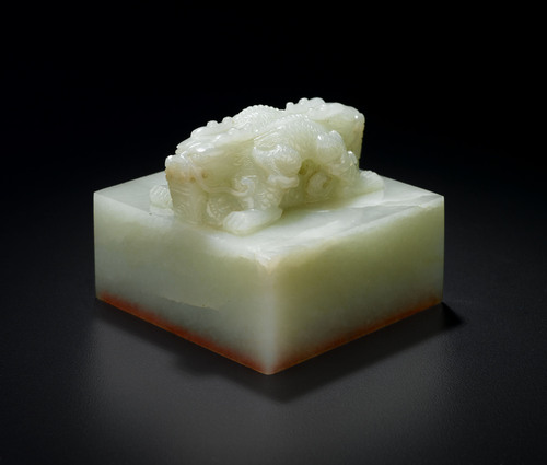 Important imperial-style 'double dragon' white jade seal, Qing Dynasty.  (PRNewsFoto/Freeman's)