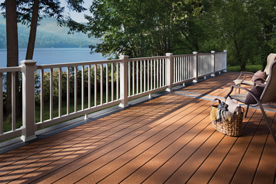 The new Trex Select(TM) decking and railing system brings the superior durability and aesthetics of the Trex brand to a new category of DIY consumers. The high-performance decking and railing features a combination of design flexibility and long-lasting good looks at an affordable price point.  (PRNewsFoto/Trex Company)