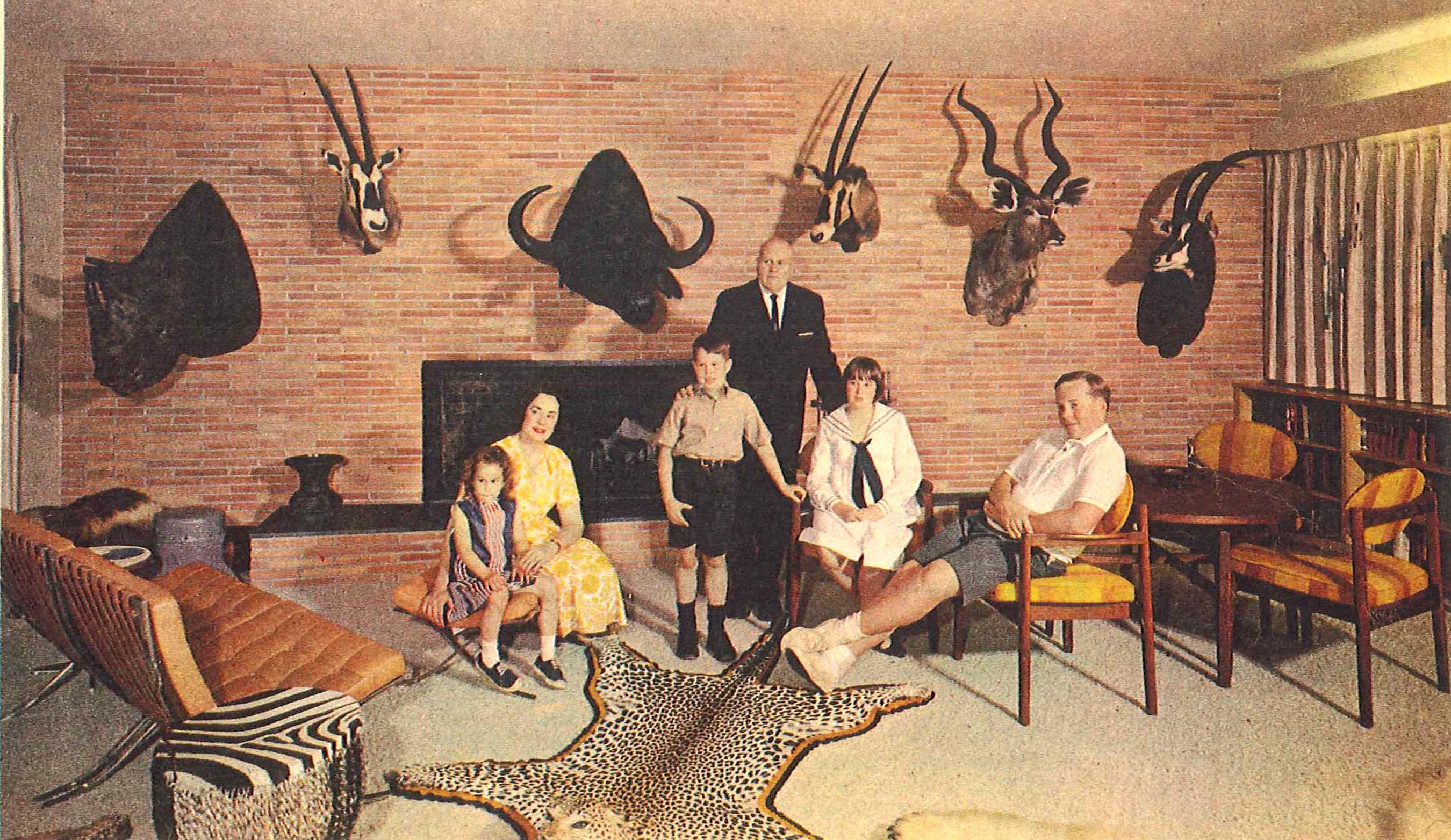 Family Portrait (PRNewsFoto/Curran Miller Auction/Realty, Inc.) (PRNewsFoto/CURRAN MILLER AUCTION...)