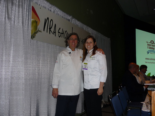 Schwan's Kit Kiefer with Z Trim's Erin Ryan at the NRA Show.  (PRNewsFoto/Z Trim Holdings, Inc.)