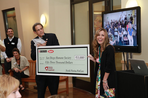 Purina and Ralphs Award $53,000 Donation to San Diego Humane Society and SPCA in the 'Tales for the