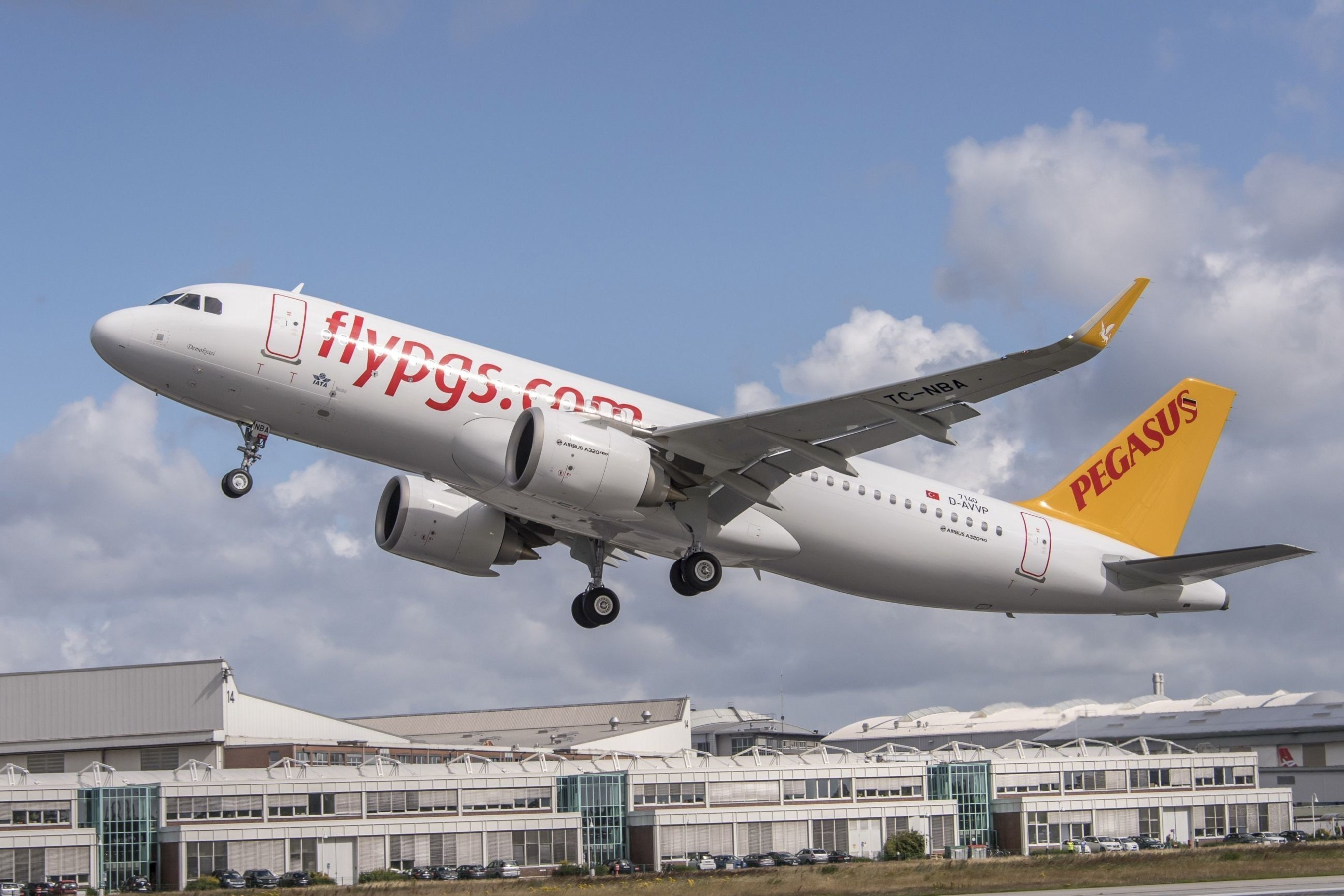 Pegasus Airlines receives world's first CFM powered Airbus A320neo (PRNewsFoto/Pegasus Airlines)