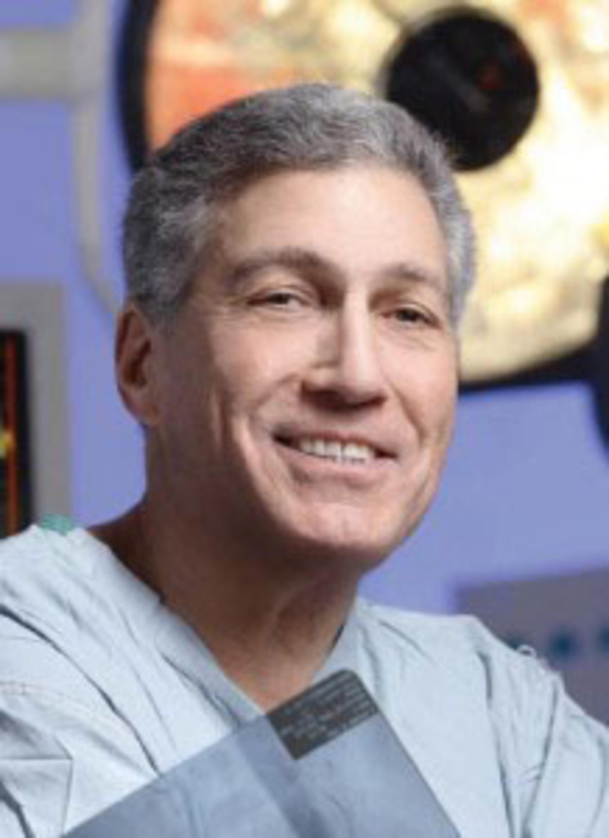 Dr. Mitchell Sheinkop.  (PRNewsFoto/Regenerative Sciences, Inc.)