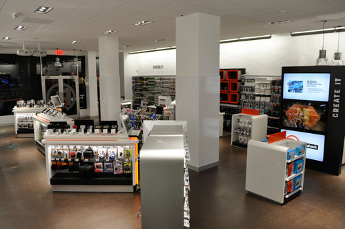 RadioShack's new concept store at 2268 Broadway in New York City has newly configured displays highlighting in-demand brands like Apple, HTC and Samsung, and carriers like AT&T and Verizon.  (PRNewsFoto/RadioShack Corporation)