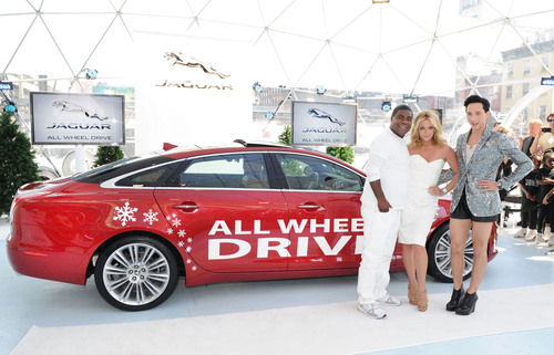 "Actor Tracy Morgan, Actress Jane Krakowski and Professional Figure Skater, Johnny Weir were on hand at Jaguar's ""Chill NY"" experience to announce Jaguar's Instinctive All Wheel Drive(TM) on August 16, 2012 at High Line Park in New York City.  (PRNewsFoto/Jaguar North America)"