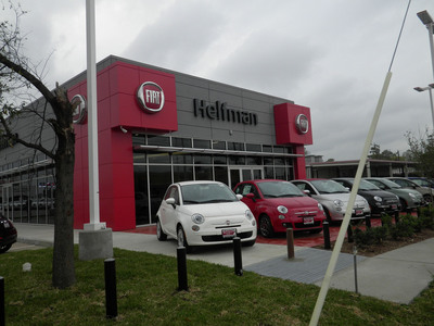 Fiat 500s on display outside Helfman FIAT of Houston.  (PRNewsFoto/Chrysler Group LLC)
