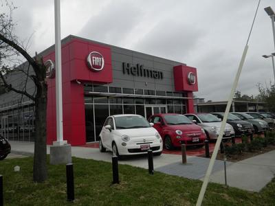 Fiat 500s on display outside Helfman FIAT of Houston.  (PRNewsFoto/Chrysler Group LLC)