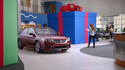 Happy Honda Days Campaign Taps Grammy(R) Award-Winning Michael Bolton to Highlight Year-End Sales Event.  (PRNewsFoto/American Honda Motor Co., Inc.)