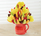 Edible Arrangements' Mother's Day Bouquet with dipped strawberries.  (PRNewsFoto/Edible Arrangements)