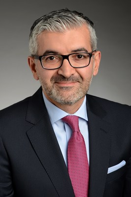 Turkish national Turan Akgül needs to have a strategic view of how the world does business, and he is especially interested in emerging markets. So he chose the CEIBS Global EMBA Zurich program.