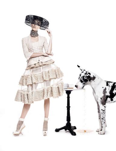 Neiman Marcus Art of Fashion Alexander McQueen. (PRNewsFoto/Neiman Marcus) (PRNewsFoto/NEIMAN MARCUS)