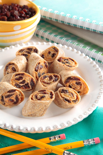 California Raisin Peanut Butter Roll Up.  (PRNewsFoto/California Raisin Marketing Board)