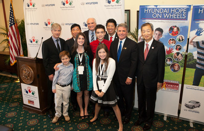 Hyundai Hope On Wheels September's National Childhood Cancer Awareness Month Press Conference in Washington D.C. Clockwise from top left: John Krafcik, President and CEO, Hyundai Motor America, BH Lee, Chief Coordinator, Hyundai Motor America, Congressman Mike Kelly (R-PA), CJ George, Hyundai Hope On Wheels National Youth Ambassador, Mickey Pong, Chairman Hyundai Hope On Wheels Board of Directors, Congressman Mike McCaul (R-TX), Honorable Ahn Ho-young, Ambassador of the Republic of Korea to the United States of America, Hope Heroes, Kaitlyn Dorman, Brianna Commerford and Ryan Darby.  (PRNewsFoto/Hyundai Motor America)