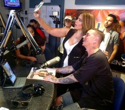 """J Balvin estreno este viernes su nuevo sencillo """"Bobo"""" en exclusiva en """"El Vacilon de la Gatita"""" de EL ZOL 106.7FM"""