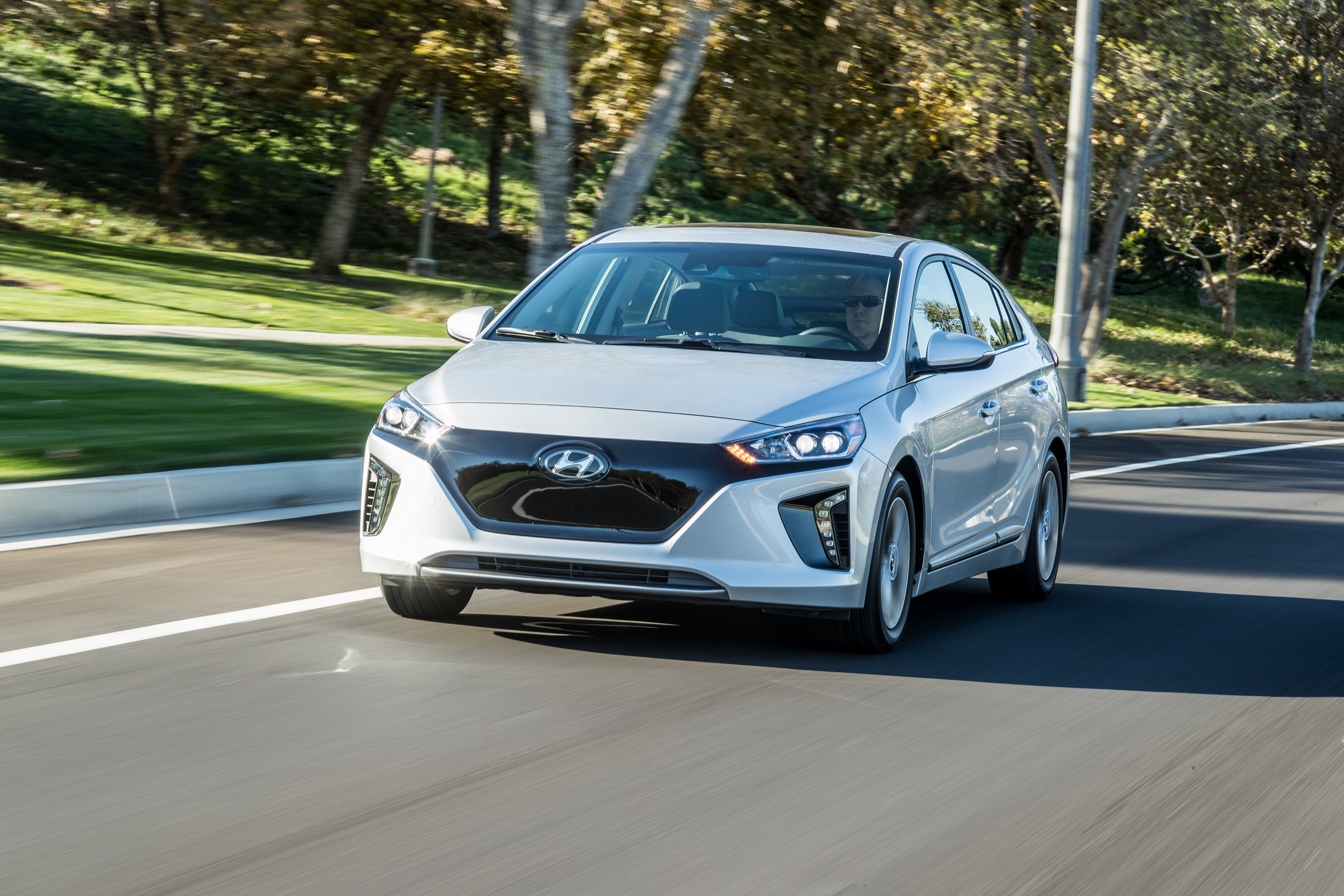 """HYUNDAI ANNOUNCES NEW """"IONIQ UNLIMITED"""" SUBSCRIPTION-BASED OWNERSHIP EXPERIENCE AT THE LOS ANGELES AUTO SHOW"""