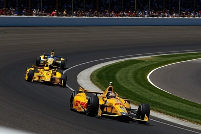 Honda Powers Ryan Hunter-Reay to Victory at the 2014 Indy 500 (PRNewsFoto/American Honda Motor Co., Inc.)