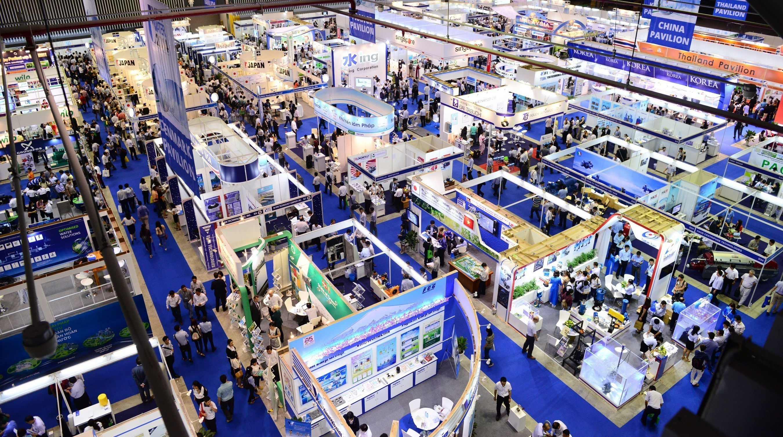 Vietwater and RE & EE Vietnam Expo & Forum - Exhibition hall overview