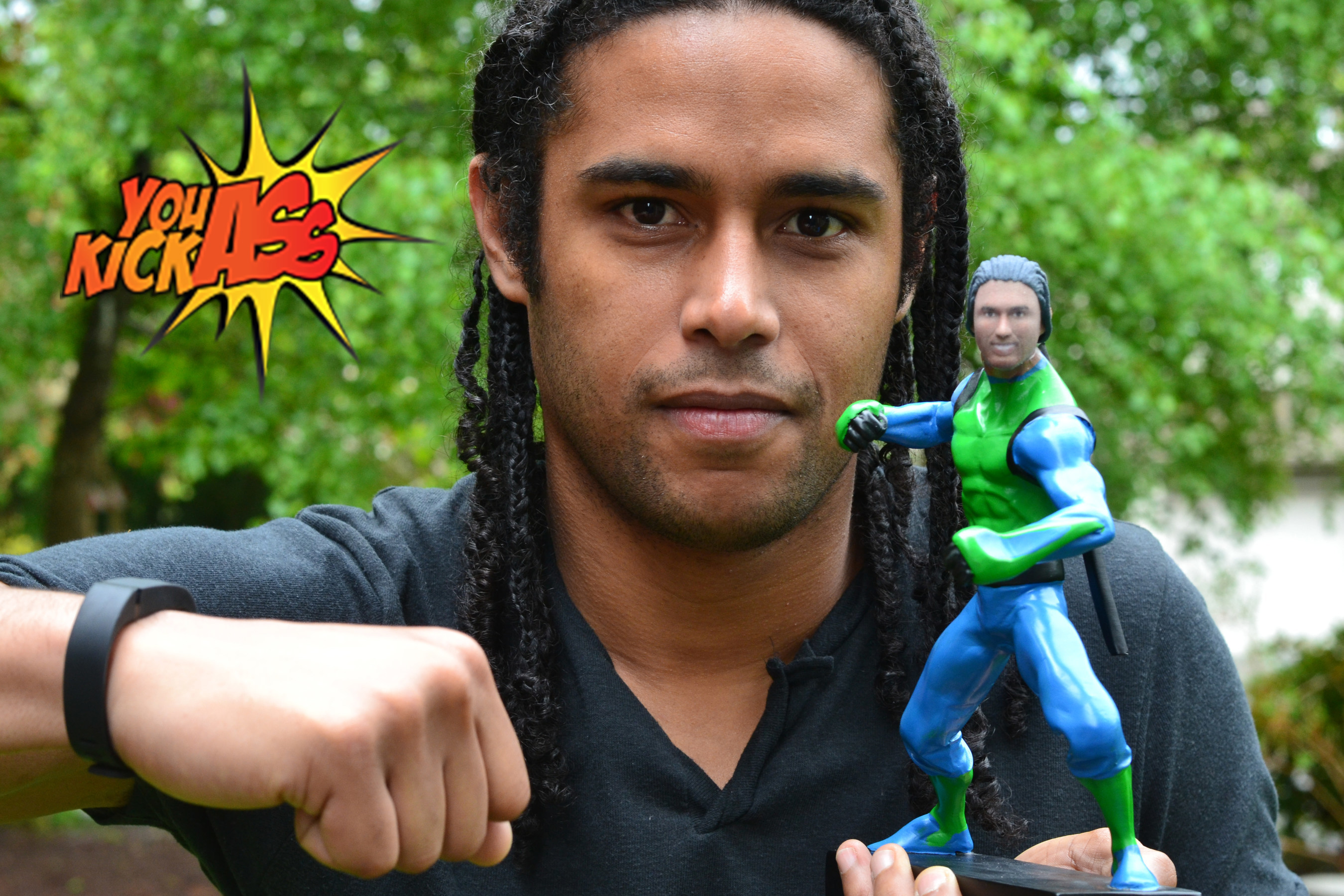 Through the magic and advancements in 3D printing, highly customized YOU KICK ASS action figures are now available for the hero in your life!