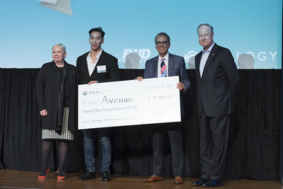 Avenue CEO Justin Shum (second from left) accepts the grand prize at the 2015 Realogy FWD Innovation Summit from Realogy executives (right to left) Richard Smith, Alex Perriello and Sherry Chris.