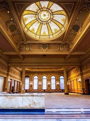 Hibernia Bank interior.