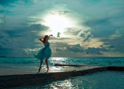 (Oxana Bondareva) - Motion of the Ocean: The real and surreal meet at the water's edge. (PRNewsFoto/Per Aquum Hotels & Resorts)