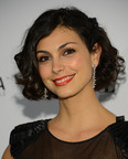 The stunning Morena Baccarin, who plays Jessica Brody on the hit show Homeland, wore several pieces of Hearts On Fire diamond jewelry to the ELLE Women in Television Dinner in Los Angeles on January 24. Morena shows off her dazzling Hearts On Fire diamond earrings here.  (PRNewsFoto/Hearts On Fire)