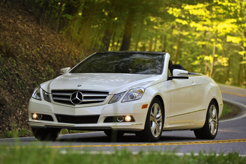 Mercedes-Benz Vehicles Benefit 2011 Leukemia Ball in Nation's Capital