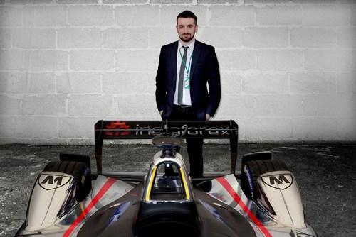 The strategic development director of InstaForex Roman Tsepelev is enjoying the new partnership with Dragon Racing (PRNewsFoto/InstaForex) (PRNewsFoto/InstaForex)