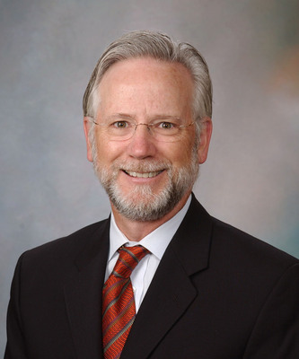 The American College of Prosthodontists (ACP) Appoints Dr. Alan B.  Carr its 2013-2014 ACP Education & Research Director.  Dr. Carr is co-author of a scientific journal article for the ACP's Journal of Prosthodontics and is a Professor of Dentistry at the Mayo Clinic College of Medicine.  (PRNewsFoto/American College of Prosthodontists)