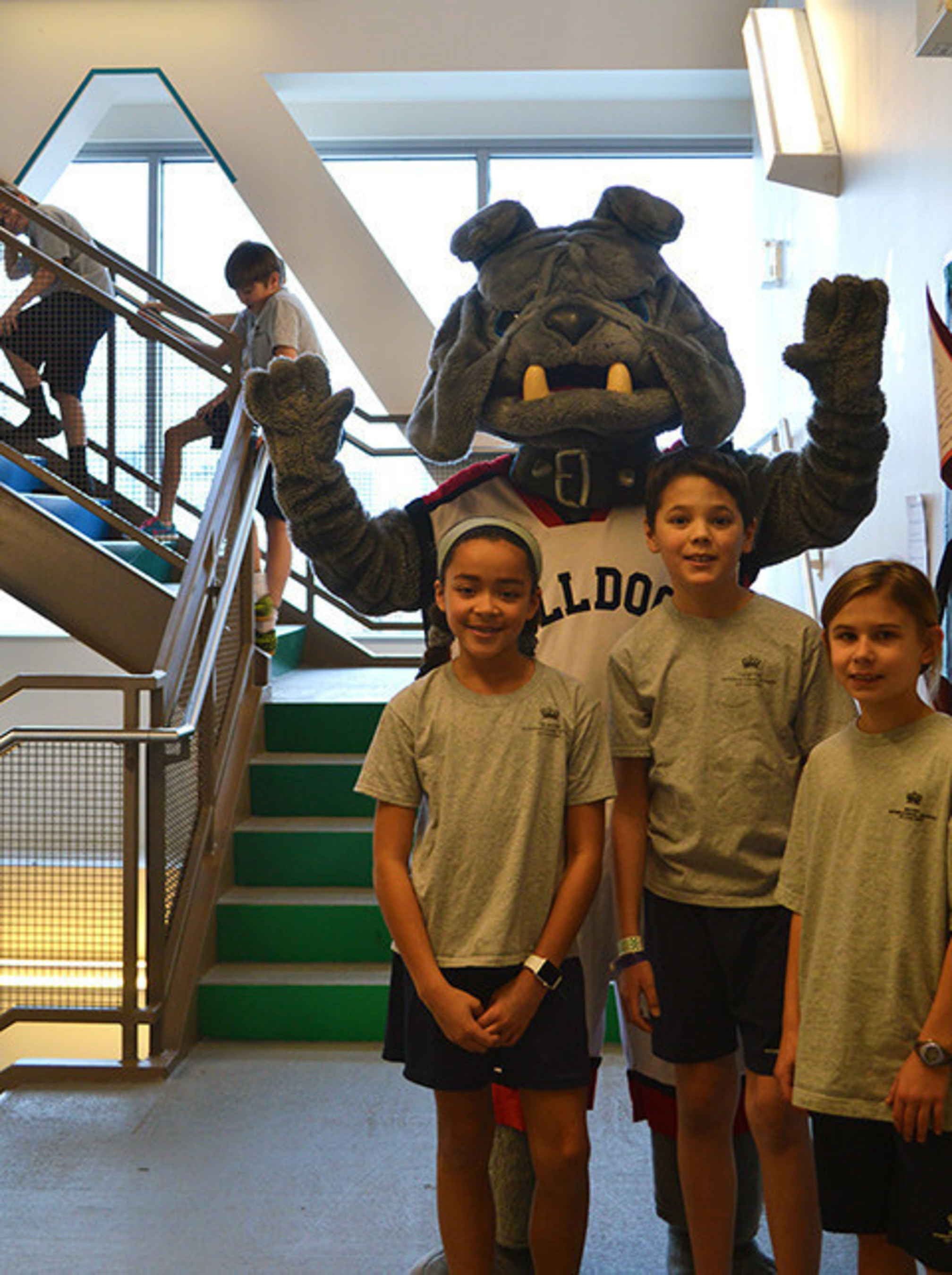 British International School of Chicago students train for 2016 AON Step Up For Kids with the help of their mascot.