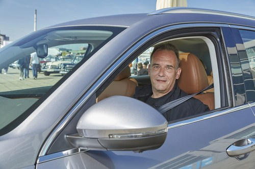 World premiere for the grandson of the company's founder Christian Borgward drives the new BORGWARD BX7 for  ...