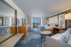The new look of the Naples Grande Beach Resort guestrooms - a soothing, coastal inspired design (PRNewsFoto/Northwood Hospitality)