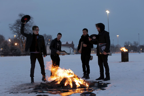 Fall Out Boy Returns! SAVE ROCK AND ROLL Out May 6/7 Worldwide.  (PRNewsFoto/Island Records)