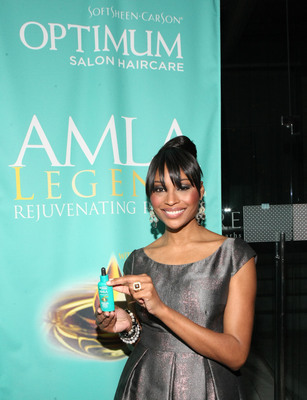 Cynthia Bailey Joins Forces with Optimum Salon Haircare to Launch AMLA Legend at AIRE Ancient Baths in New York City. (PRNewsFoto/SoftSheen-Carson Laboratories) (PRNewsFoto/SOFTSHEEN-CARSON LABORATORIES)