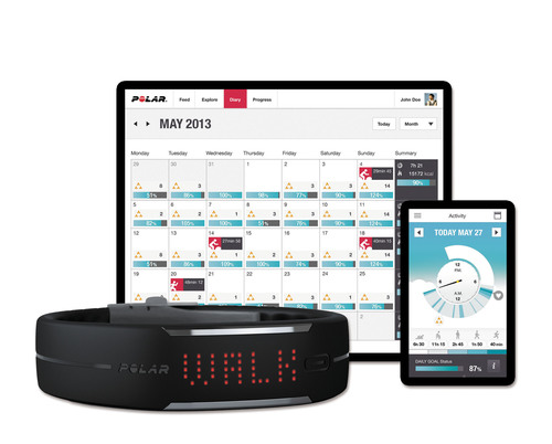Combined with Polar Flow, a free online tracking service and app for iPhone that automatically syncs via Bluetooth(R) Smart, Polar Loop provides smart guidance on how to improve health and wellbeing by making small changes in daily activity.  (PRNewsFoto/Polar)