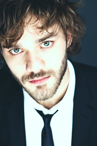 Lorenzo Richelmy will star as Marco Polo in Netflix original series / Lorenzo Richelmy protagonizara Marco ...