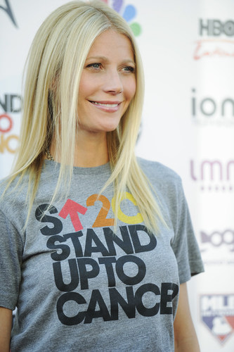 Gwyneth Paltrow for SU2C. Photo by Kevin Mazur for SU2C. (PRNewsFoto/Stand Up To Cancer)