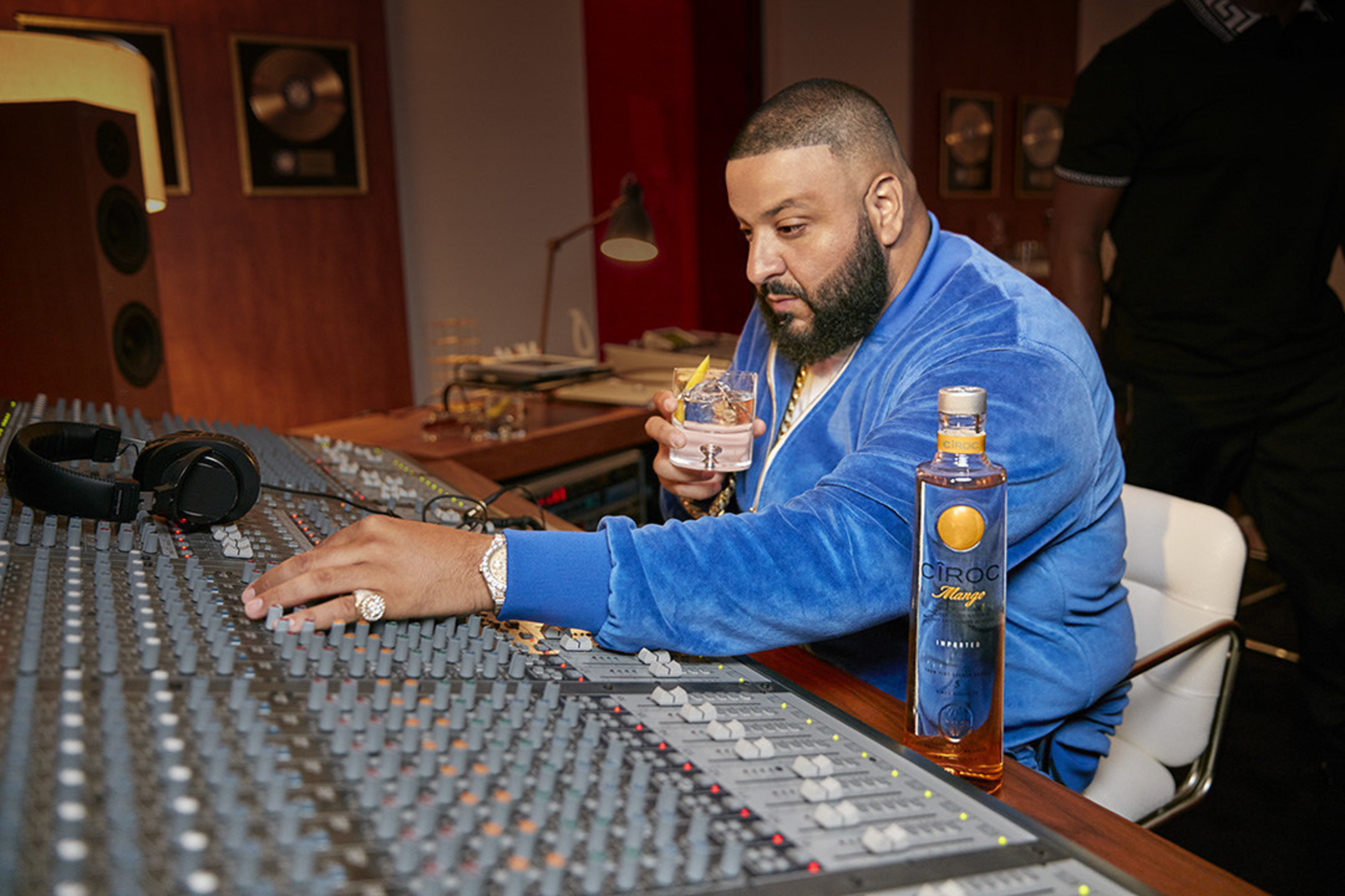 """SEAN """"DIDDY"""" COMBS AND THE MAKERS OF CÎROC ULTRA PREMIUM EXTEND ENTREPRENEUR MOVEMENT WITH DJ KHALED AND NEW CÎROC MANGO"""