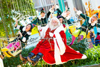 Santa Swings in to Mall of America® to the Delight of Thousands of Good Girls and Boys