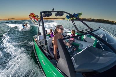 This versatile, 22-foot wake machine meets the demand of those who prefer a traditional bow style, while offering new advancements in hull design, styling and modern-day features including the auto-set Wedge and SURF GATE(R).  (PRNewsFoto/Axis Wake Research)