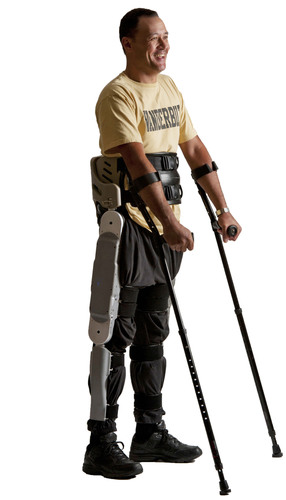 Michael Gore in the Parker Exoskeleton courtesy the Shepherd Center. (PRNewsFoto/Parker Hannifin Corporation) ...