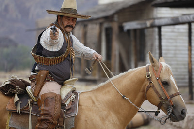 Actor Enoc Leano como Pancho Villa en el documental de Discovery en Espanol, PANCHO VILLA: SE BUSCA VIVO O MUERTO. Estreno 25 de septiembre a las 9PM.